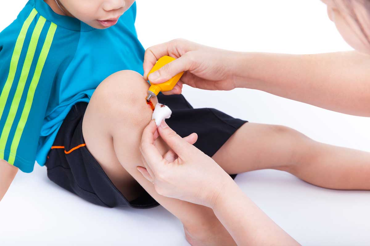 Basic First Aid Tips For Parents