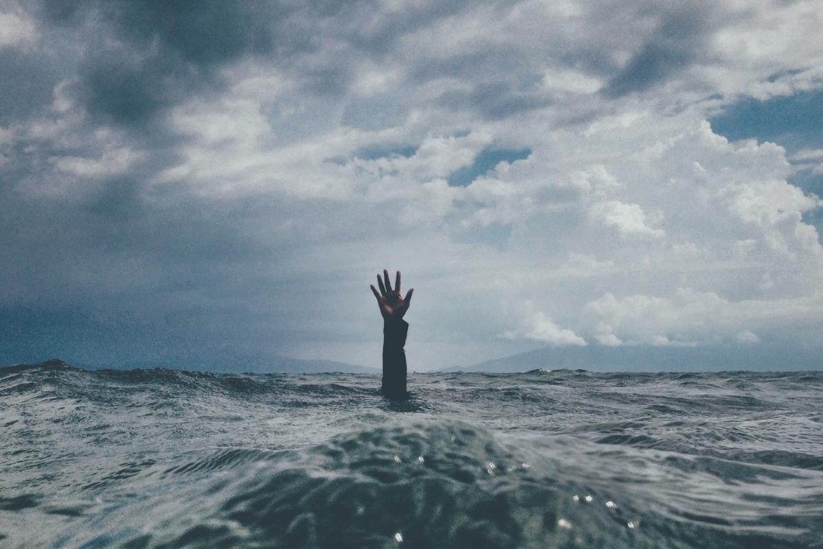 Kemurungan di Sekitar Kita: Memerhatikan, Mengenal pastikan, Menolong